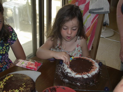 decorating birthday cakes